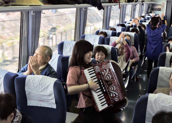 うたごえ列車2号車5
