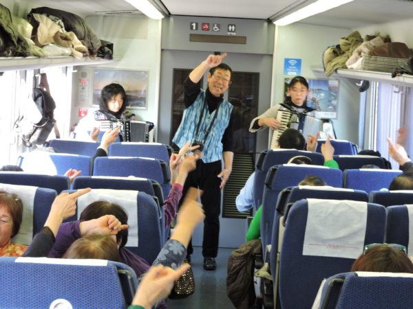 うたごえ列車1号車2